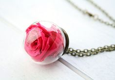*Echte Rosenblüte* Halskette Rose fuchsia