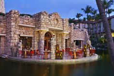 "Ruinas del Mar, ""Ruins by the Sea"", contemporary cuisine in an open-air environment."
