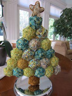 Hexipuff Christmas Tree