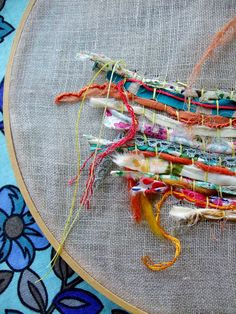 An alternative to loom weaving. Weaving on fabric. Art Fibres Textiles, Textile Fiber Art, Sewing Art, Sewing Crafts, Sewing Projects, Art Projects, Embroidery Art, Embroidery Stitches, Techniques Textiles