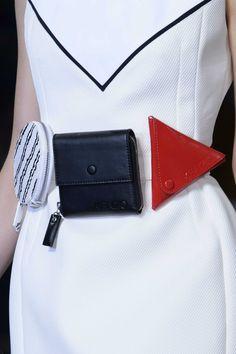 Leather Craft, Leather Bag, Diy Mode, Hip Bag, Best Bags, Medium Bags, Purses And Handbags, Fashion Bags, Paris Fashion