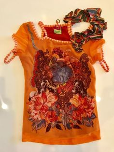 SAVE-THE-QUEEN-TOP-Open-Shoulder-SIZE-SMALL-GENTLY-WORN-NO-DAMAGE-Made-in-Italy Save The Queen, Floral Tops, Bows, Summer Dresses, Detail, Shoulder, Italy, How To Make, Fabric