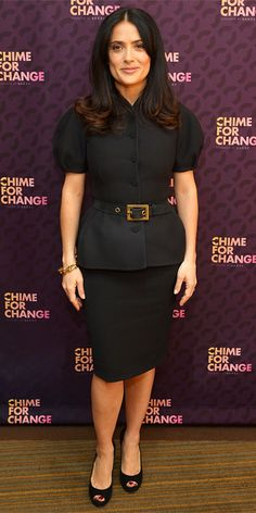 MARCH 2013 Salma Hayek Pinault WHAT SHE WORE Hayek Pinault launched Chime for Change with Gucci in a structured skirt suit, gold bangles and suede peep-toes. Salma Hayek Style, Salma Hayek Photos, Cowgirl Style Outfits, Chic Outfits, Fashion Outfits, Selma Hayek, Barbie World, Celebrity Outfits, Skirt Suit