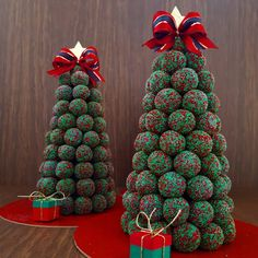 In this DIY tutorial, we will show you how to make Christmas decorations for your home. The video consists of 23 Christmas craft ideas. Christmas Appetizers, Christmas Desserts, Christmas Treats, Christmas Baking, Christmas Cookies, Christmas Decorations, Homemade Crafts, Diy Crafts, 242