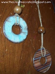 The CrEaTiVe CraTe: FuN Washer Necklaces with video tutorial from DIY network! Cute Necklace, Cool Necklaces, Jewelry Necklaces, Bracelets, Washer Necklace Tutorial, Washer Bracelet, Washer Crafts, Camping Crafts, Kid Crafts