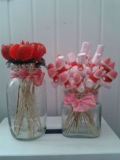 There isn't really a tutorial here, buts its pretty simple to make these for any holiday. Candy Party, Party Treats, Festa Pin Up, Chocolate Bouquet, Party Decoration, Candy Bouquet, Ideas Para Fiestas, Candy Table, Fiesta Party