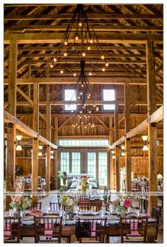10 MAINE BARN WEDDING VENUES