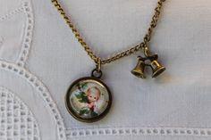 """Kette """"Engelbaby Mistelzweig"""" mit Glocken-Anhänger von Aus Muddi's Schmuckkästchen auf DaWanda.com"""