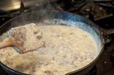 Theres nothing as good as Homemade Sausage Gravy and its really simple to make! A great weekend breakfast and even an easy weeknight supper! Homemade Sausage Gravy, Oatmeal, Brunch, Breakfast, Easy, Recipes, Food, The Oatmeal, Morning Coffee
