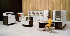 Univac 9400 / vintage mainframe computers, 1960s