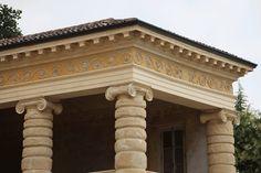 Solution for the corner of the Ionic entablature of Villa Serego (or Sarego) in Santa Sofia di Pedemonte by Palladio