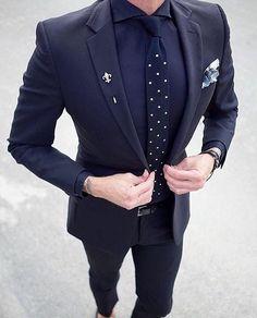 2 pcs Homens blazer Men's Terno Slim Fit Masculino Formal Mens business wedding suits for men costume homme navy blue suit 2017 Gentleman Mode, Gentleman Style, Dapper Gentleman, Men Formal, Formal Wear, Mens Fashion Suits, Fashion Outfits, Men's Fashion, Formal Fashion