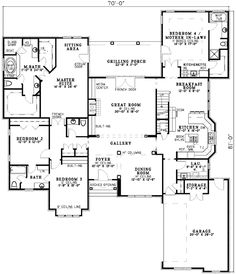 Plan Spacious Design With Mother-in-Law Suite I prefer split floorplan. I'd switch the master and in law suite. Ranch House Plans, Bedroom House Plans, Best House Plans, Dream House Plans, House Floor Plans, My Dream Home, Dream Homes, Building A Container Home, D House