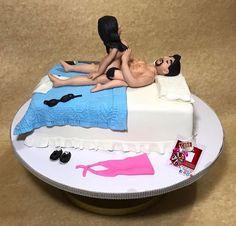 the cake says it all❤️#adultcake #kinkycake #sexycake#xratedcake #kinkycakes #cakebreakph #bedcake