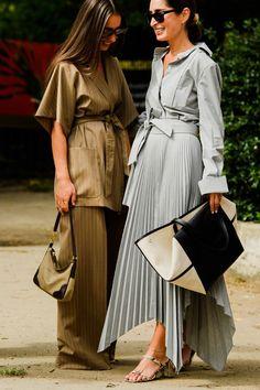 The Coolest New York Fashion Week Street Style Looks New York Fashion Week Street Style, Spring Street Style, Cool Street Fashion, Street Style Looks, Milan Fashion, Spring Fashion, Fashion Fashion, Work Fashion, Indian Fashion