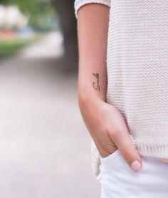Mini tatouage – L'école du micro tattoo d'argent