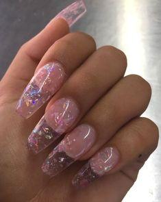 Semi-permanent varnish, false nails, patches: which manicure to choose? - My Nails Aycrlic Nails, Cute Nails, Pretty Nails, Hair And Nails, Manicures, Coffin Nails, Nails 2018, Long Nail Designs, Acrylic Nail Designs