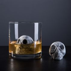 Every hand-carved Whiskey Bone stone is uniquely crafted into one of a kind granite skull, compared to the traditional cube. Whiskey Bones' artful stones lightly bring your favorite scotch or whiskey to an appropriate temperature without compromis...