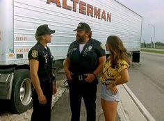 http://it.wikipedia.org/wiki/Bud_Spencer  -  Bud Spencer e Terence Hill in una scena del film Miami Supercops - I poliziotti dell'ottava strada (1985)