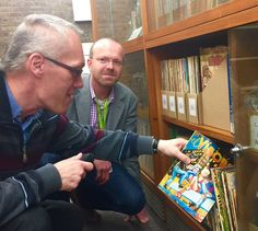 Delighted to welcome Professor Jan Baetens @LeuvenU and @critilo who popped in to see our collection of Hispanic comics - lots of ideas!