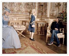 Kirsten Dunst and director Sofia Coppola on the set of Marie Antoinette, 2006 Marie Antoinette Costume, Marie Antoinette 2006, The Queen Of Versailles, Walt Disney, Best Costume Design, Sofia Coppola, The New Wave, Blue Gown, Fantasy Dress