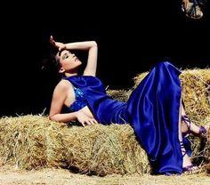 dress : Dona Matoshi