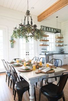 53 + Cozy Modern Farmhouse Dining Room Design - Home By X Kitchen Dining, Kitchen Decor, Kitchen Ideas, Kitchen Modern, Wooden Kitchen, Kitchen Chairs, Kitchen Inspiration, Room Chairs, Cocina Shabby Chic