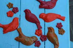 Picnics in the Park: Bird Shaped Crayons - Simply brilliant idea from one of my favorite blogs!