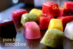 Cubitos de fruta. Fruit ice cubes