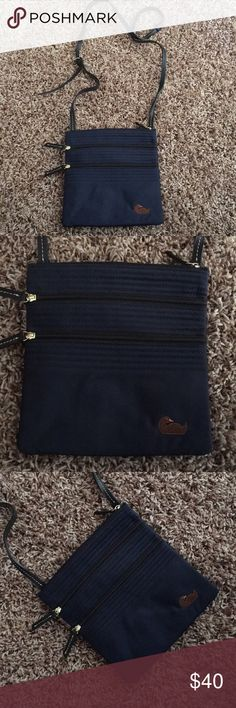 DOONEY & BOURKE CROSSBODY In mint condition. Only used a couple times. Looks brand new. Dooney & Bourke Bags Crossbody Bags