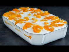 Ovocný koláč BEZ pečenia, hotový za 10 minút. Rýchly recept na fantastický dezert z dlhých piškót! Finger, Pudding, Baking, Cream, Cake, Food, Watermelon, Crack Cake, Deserts