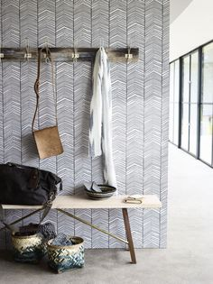25 Accent Wall Ideas You'll Surely Wish to Try This at Home! Tags: accent wall, accent wall ideas, a Herringbone Wallpaper, Grey Wallpaper, Graphic Wallpaper, Wallpaper Ideas, Bedroom Wallpaper, Interior Design Living Room, Living Room Decor, Bedroom Decor, Deco Sophie Ferjani