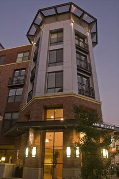 The Uptown affordable apartments in Oakland, CA found at AffordableSearch.com