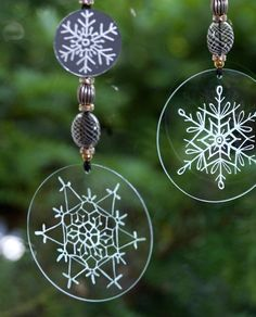 Engrave Glass Christmas Decorations with Dremel - A