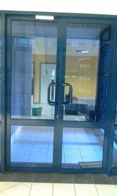 Academy Door & Impresion Vinil Traslucido. Fernando Urrea Diseñador - Bogotá. Cel ... Pezcame.Com