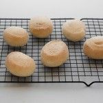 Pandesal How to Make Pan de Sal (Filipino Bread Rolls) Filipino Dishes, Filipino Desserts, Filipino Recipes, Filipino Food, Spanish Bread, Corned Beef Hash, Maila, Pinoy Food, Bread Rolls
