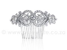 This French style hair comb is a work of art. It's delicately crafted rhinestone covered leaves and pearl flower buds will leave you breathless. This style looks amazing coordinated with subtle crystal or pearl earrings. Casual Updos For Long Hair, Long Thin Hair, Long Hair Styles, French Roll Hairstyle, French Hair, Face Shape Hairstyles, Hair Comb Wedding, Bridal Tiara, Wedding Hair Accessories