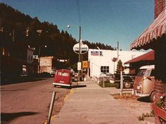 Vintage Gas Pumps, Standard Oil, Old Gas Stations, Filling Station, Indiana, Street View, Crown, Red, Corona