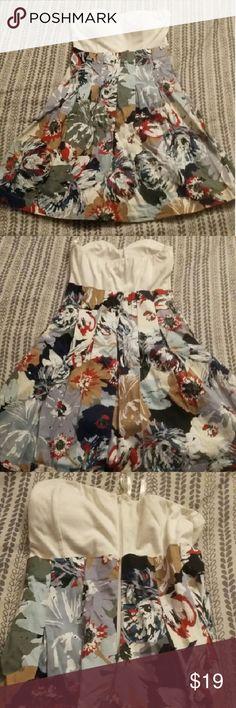 White & Floral Strapless Dress by Papaya White top, floral bottom, zip up back Papaya Dresses Strapless