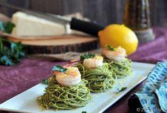 Spinach Pesto Spaghetti with Grilled Shrimps using Barilla Whole Grain Pasta Spinach Pesto Pasta, Pesto Shrimp, Grilled Shrimp, Fish Recipes, Pasta Recipes, Healthy Cooking, Healthy Recipes, Vegan Party Food, Le Chef