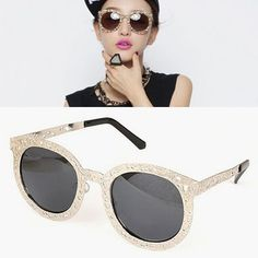 Recycled Silver Color Hollow Metal Frame Design Alloy Sunglasses  US$ 5.75