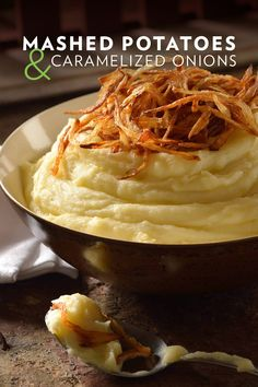 Instant mashed potatoes are a deliciously easy, all-time pantry staple. Whip up a batch and elevate your mashed potatoes with a crunch and classy caramelized onion topping. Potato Side Dishes, Veggie Side Dishes, Vegetable Dishes, Vegetable Recipes, Food Dishes, Vegetarian Recipes, Cooking Recipes, Side Recipes, Great Recipes