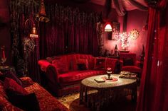 Euphoria Emporium Hookah Café in Spring Hill FL!  Must Read! Haunted Journeys - 5 of the Most Haunted in Florida USA: Haunts of the Sunshine State!