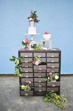 Edgy Urban Chic Wedd