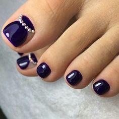 Top 150 Rhinestones nail and Swarovski nail crystals 2018 Pretty Toe Nails, Cute Toe Nails, Fancy Nails, Pedicure Designs, Manicure E Pedicure, Toe Nail Designs, Pedicures, Toe Nail Color, Toe Nail Art