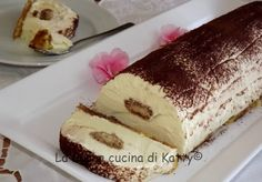 la buona cucina di katty: Delizia di mascarpone soffice Bakery Recipes, Dessert Recipes, Biscuits, Fresh Cake, Sicilian Recipes, Cake & Co, Italian Desserts, Recipe For 4, Sweet Cakes