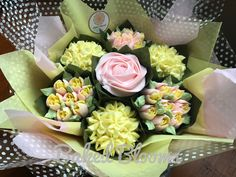Small pink and lemon bouquet.  www.bakedblooms.com