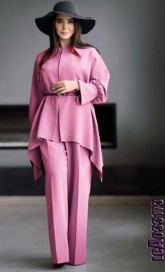 Classy Dress, Classy Outfits, Stylish Outfits, Fashion Outfits, Latest African Fashion Dresses, African Print Fashion, Mode Abaya, Iranian Women Fashion, Stylish Dress Designs