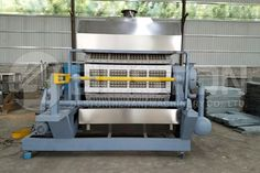 High quality paper egg tray machine can turn waste paper into useful egg trays. Get reasonable paper egg tray making machine price now. Plastic Eggs, Plastic Molds, Cost Of Bricks, Concrete Cost, Types Of Eggs, Pulp Paper, Aluminum Molding, Electricity Consumption, Egg Crates
