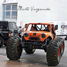 """Mini on portals … Yes please …. Mini Cooper 4x4, Mini 4x4, Mini Cooper Classic, Classic Mini, Mini Trucks, Cool Trucks, Cool Cars, Weird Cars, Monster Car"